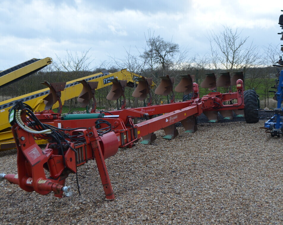 KVERNELAND RX100 9 FURROW For Sale