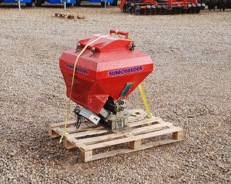 SUMO SEEDER DRILL For Sale