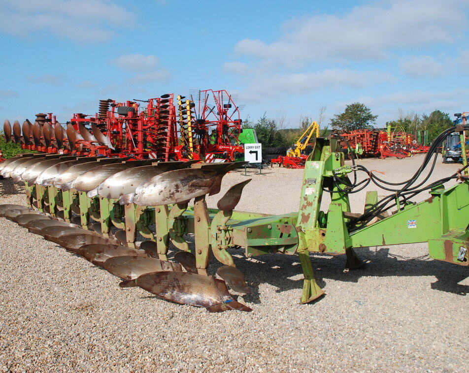 DOWDESWELL DP2 9 FURROW For Sale