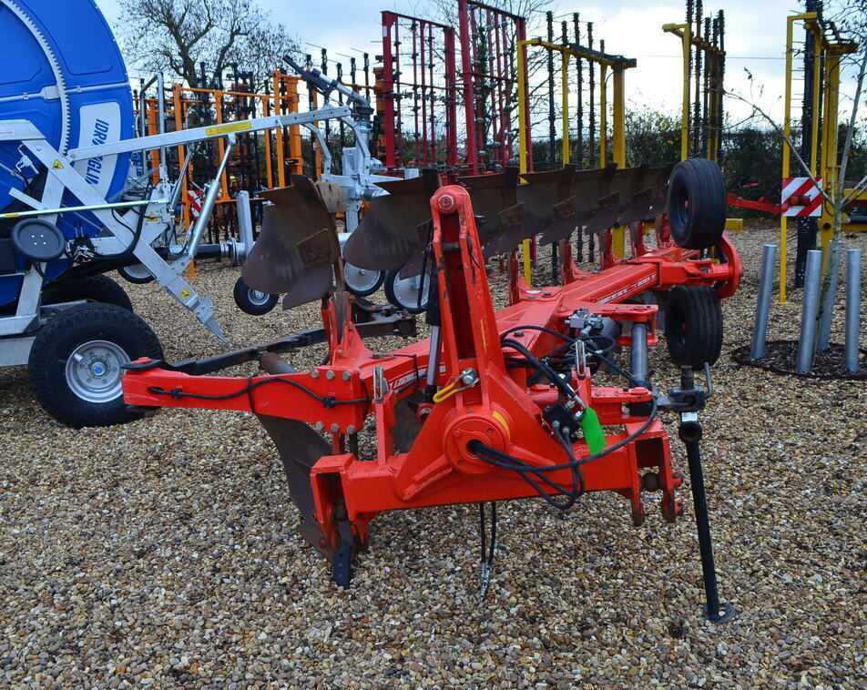 GREGOIRE BESSON 7 FURROW PLOUGH (2014) For Sale