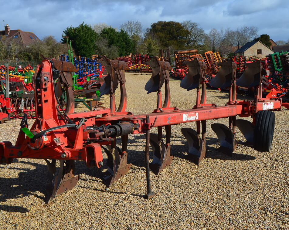 GREGOIRE BESSON 6F PLOUGH For Sale